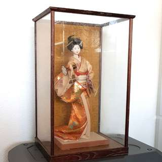 Antique Japanese Geisha Doll w Casing display