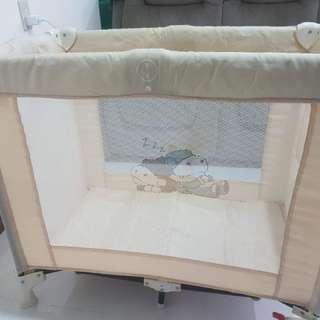 Crib and travel cot with bassinette