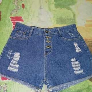 Hotpants hw size 29.30
