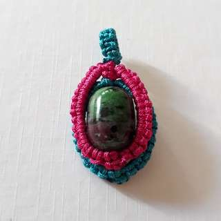 🎆Special Offer🎆💐Ruby Zoisite pendant(红绿宝吊坠) set in Macrame. Bead size 17mmx12mm.