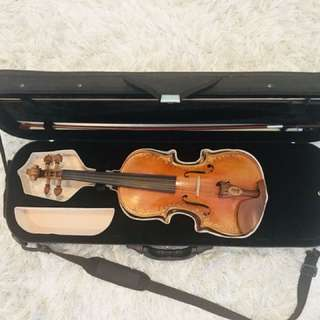 Royal Stradivari Violin
