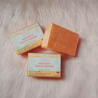 Mistie's White Potion Organic Beaty Bar Soap by Glowcious Skin Cosmetics
