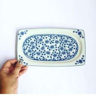 Serving platter w floral design