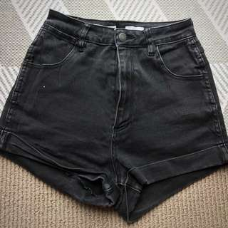 Wrangler Pin Up Denim Shorts Black 9