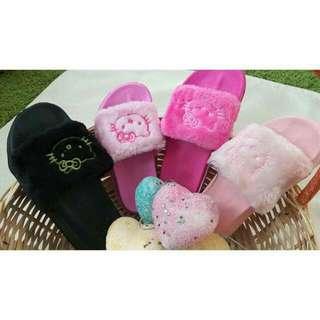 For kids kitty slipper Size 24-29