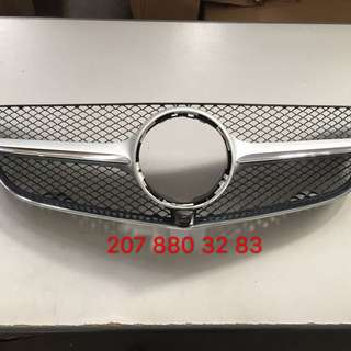 Mercedes Benz E coupe W207 Front Grille