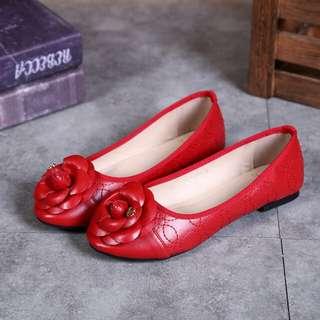 Sepatu Chanel