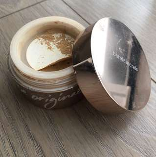 Bare minerals powder - light