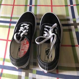 Vans black sneakers for women size 7