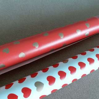 Valentine's heart print wrapping paper (Set of 2)