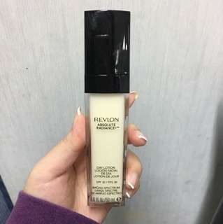 Revlon day lotion  SPF 30 absolute radiance 50Ml