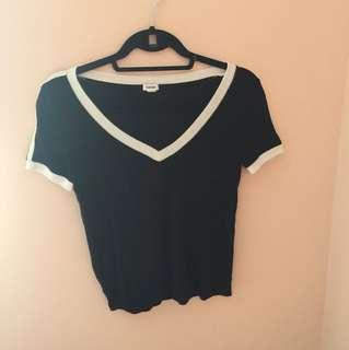 V neck black tee with strips on the shoulder
