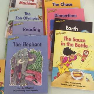 Children Books reading bees