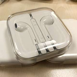 apple earpods with 3.5mm jack