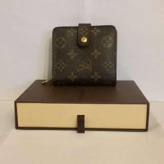 Louis Vuitton 拉鍊銀包 (新舊如圖)