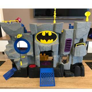 Batman Batcave