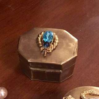 現貨在台灣美國二手Vintage 迷你黃銅珠寶盒