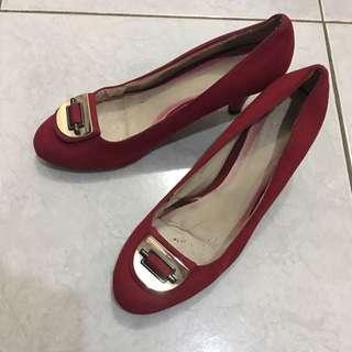 Sepatu kerja ( fladeo red shoes )