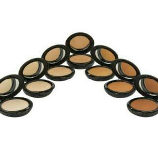 Studio Pro Matte Finish Pressed Powder