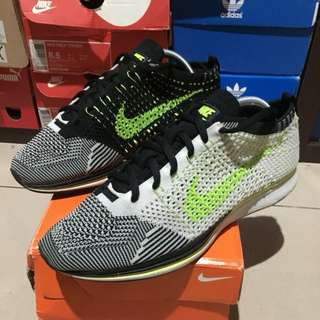 Nike Flyknit Runner