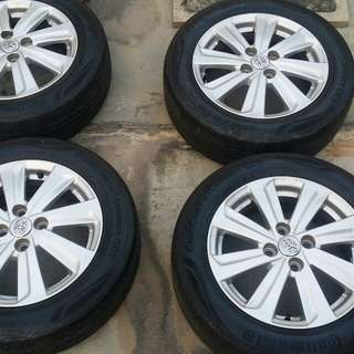 Vios rim original and tyre continental cc5