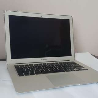 256GB SSD Macbook Air Core 2 duo Condition 10/10