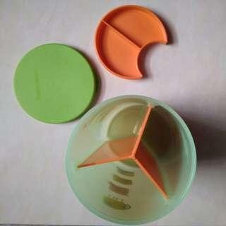 Toples tupperware sekat 3
