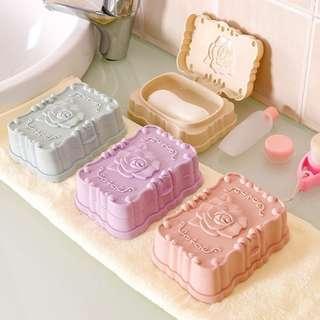 玫瑰雕花肥皂盒 (pp) 顏色隨機 可許願