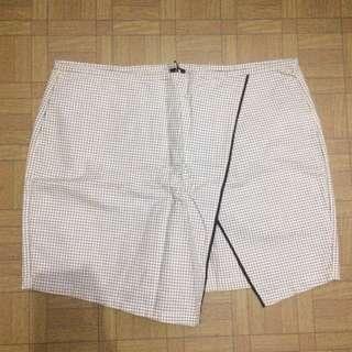 Skort (skirt & short) Monochrome Style