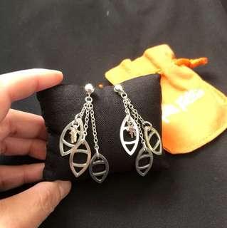 Folli follie earrings