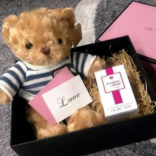Thinking of love gift set.
