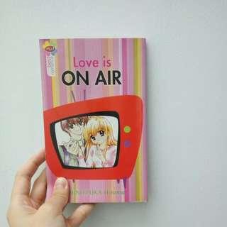 Love Is On Air Komik