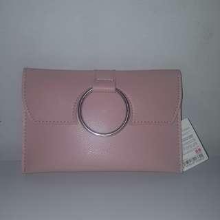 Miniso / Clutch / Mini Bag / Sling / Tas Tangan / Woman / Girl / Cewek / Pink