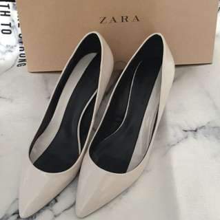 ZARA 白色高跟鞋 合37-38吋 參加婚禮只著過一次