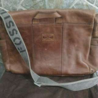 Authentic fossil man bag
