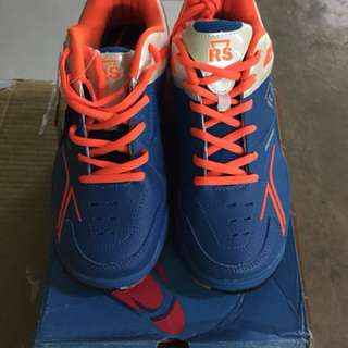 Sepatu badminton RS/Sepatu RS