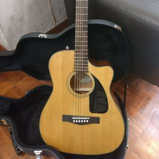 Fender acoustic guitar with Box