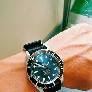 🚚 Tiger 復古潛水錶