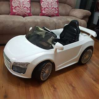 Car for Stationary Play