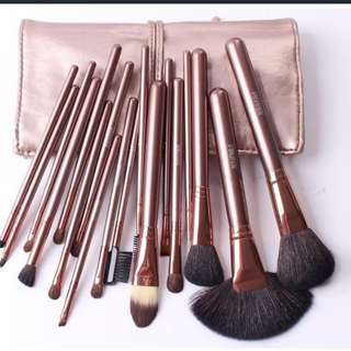 10 piece rose gold Make Up Brushes