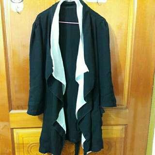 🚚 賠售 全新黑白配色修身綁帶外套罩衫