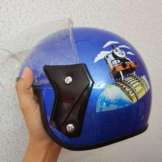 Helmet Viral Kanak-Kanak