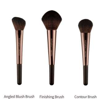 Makeup brushes, Angled, Finishing & Contour