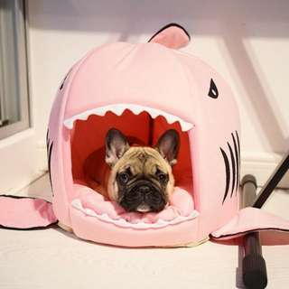Shark bed - pink