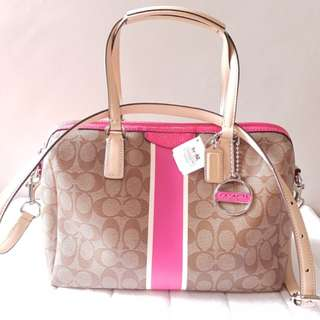 COACH outlet bag shoulder bag COACH F30662 SVB3N signature stripe Nancy Satchell shoulder bag car key / pink