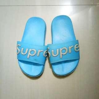 Sandal supre