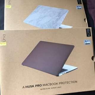 """Uniq Husk pro Case for MacBook pro 15"""""""