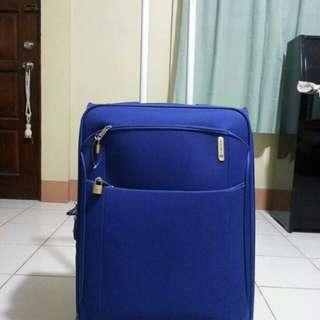 Carlton Oasis Expandable luggage bag