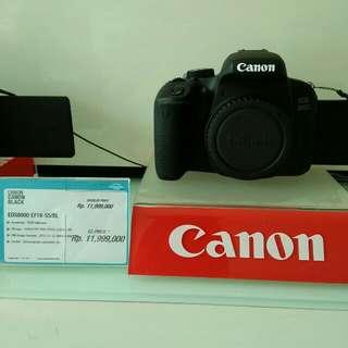 Kredit camera canon eos bunga ringan