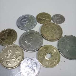 Uang kuno beragam negara